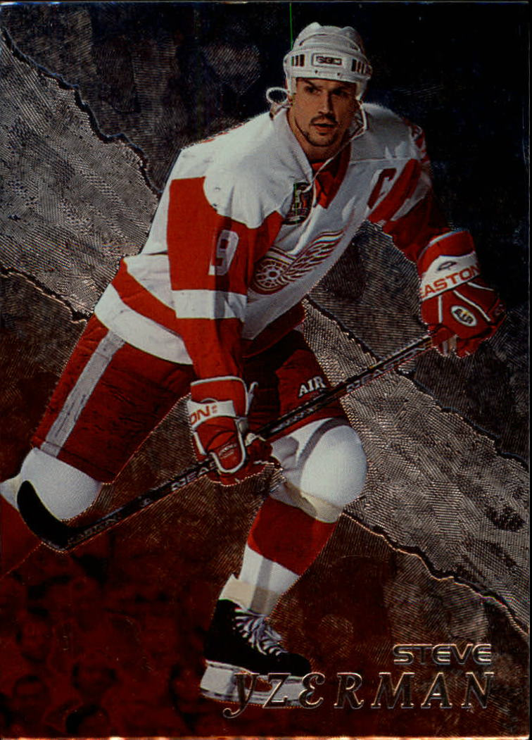 1998-99 Be A Player #46 Steve Yzerman