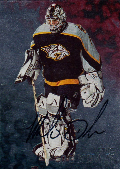 1998-99 Be A Player Autographs #72 Mike Dunham