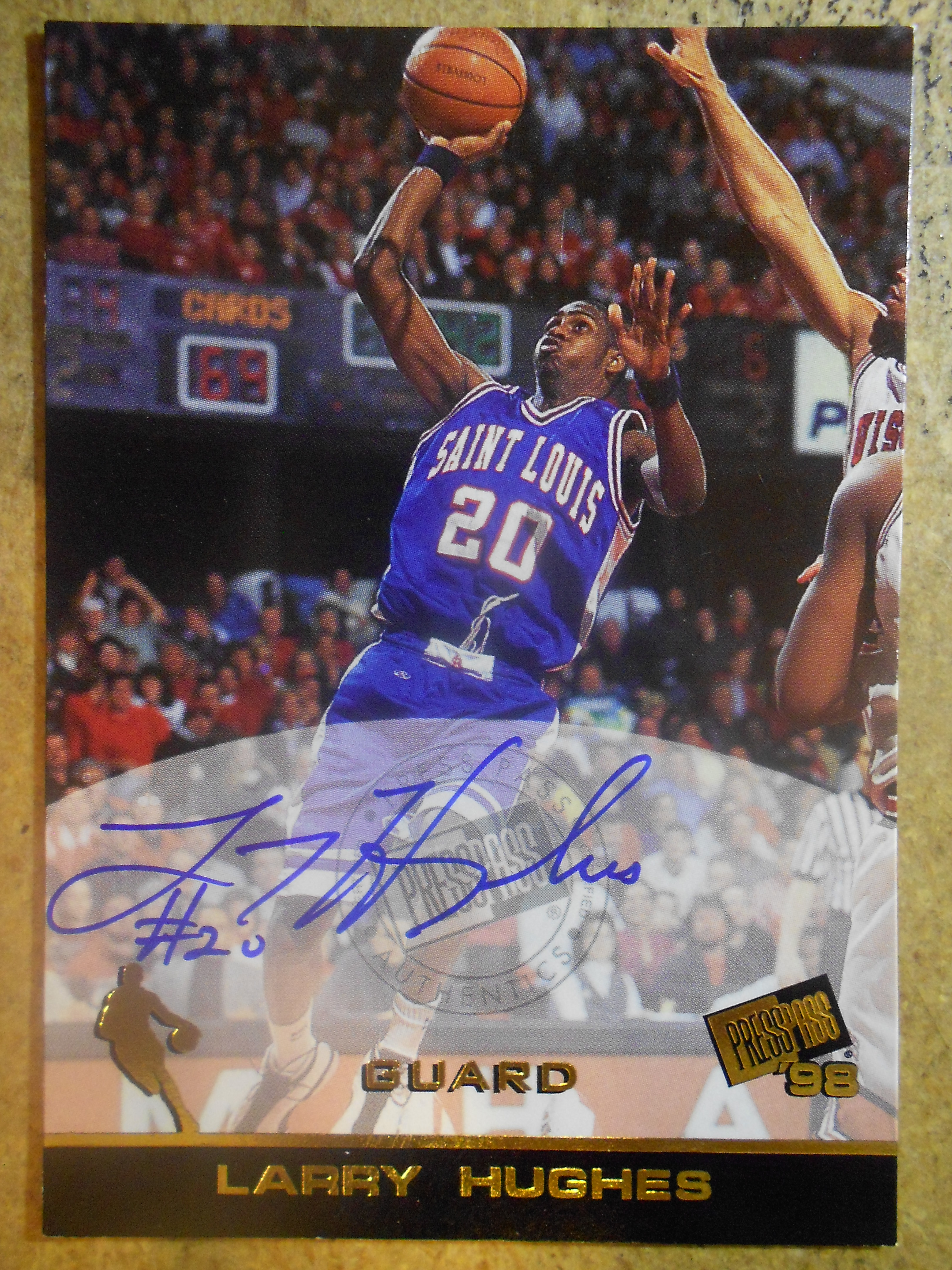 1998 Press Pass Autographs #16 Larry Hughes