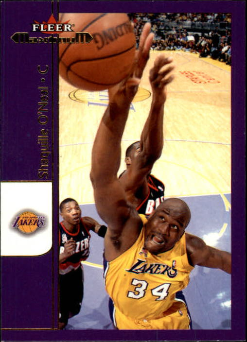 2001-02 Fleer Maximum #9 Shaquille O'Neal