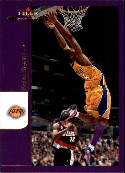 2001-02 Fleer Maximum #17 Kobe Bryant