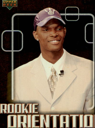 2003-04 Upper Deck Victory #104 Chris Bosh RC front image