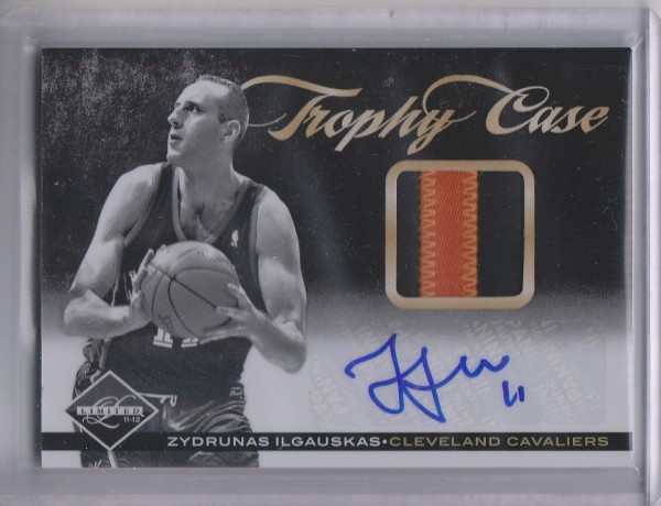 2011-12 Limited Trophy Case Materials Signatures Prime #21 Zydrunas Ilgauskas/25