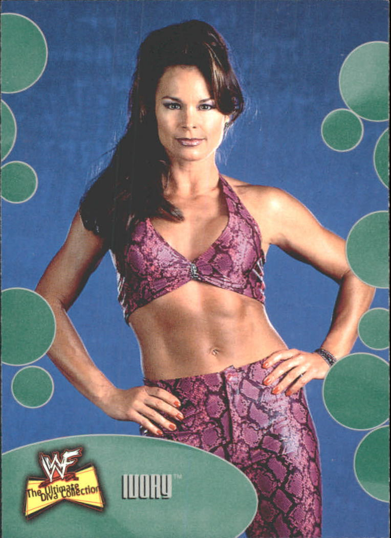 2001 Fleer WWF The Ultimate Diva Collection #3 Ivory
