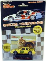 1989 Racing Champions Flat Bottom 1:64 #30 M.Waltrip/Country Time