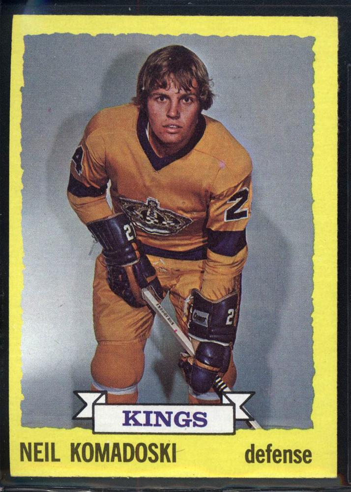 1973-74 Topps #16 Neil Komadoski RC