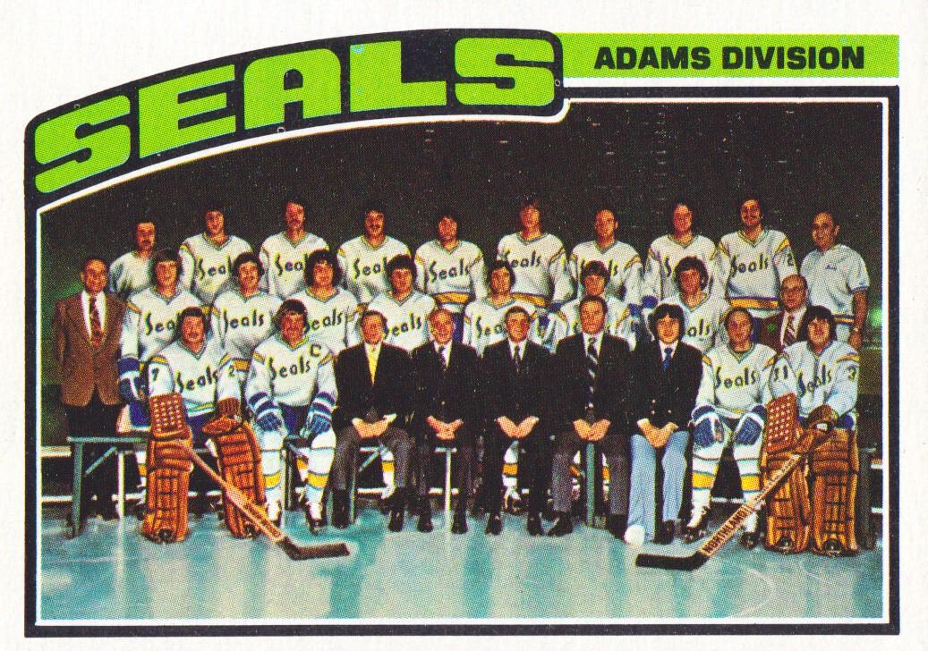 1976-77 Topps #135 Seals Team CL