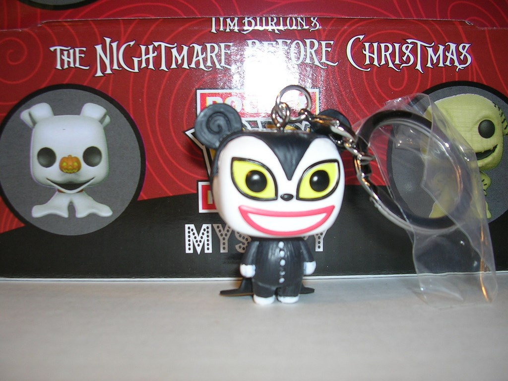 vampire teddy funko pop vinyl figure pocket keychain nightmare before christmas