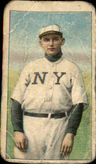 1909-11 T206 #304 Rube Marquard/Hands at Thighs