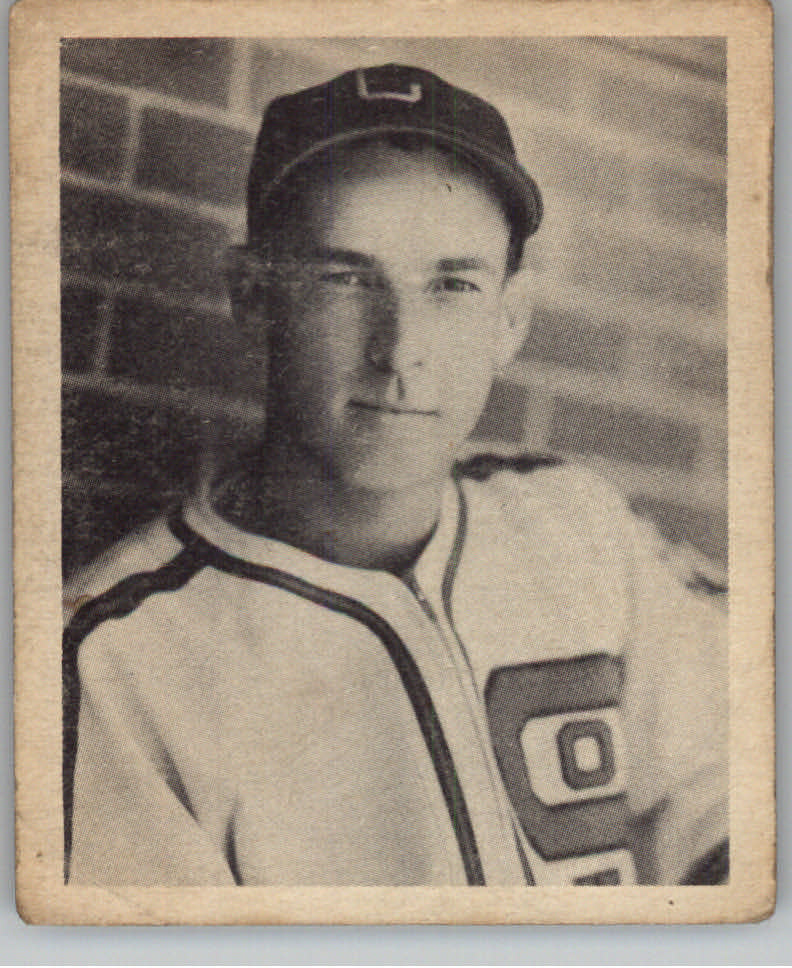 1939 Play Ball #105 Rabbit McNair RC
