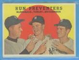 1959 Topps #237A Run Preventers/Gil McDougald/Bob Turley/Bobby Richardson GB