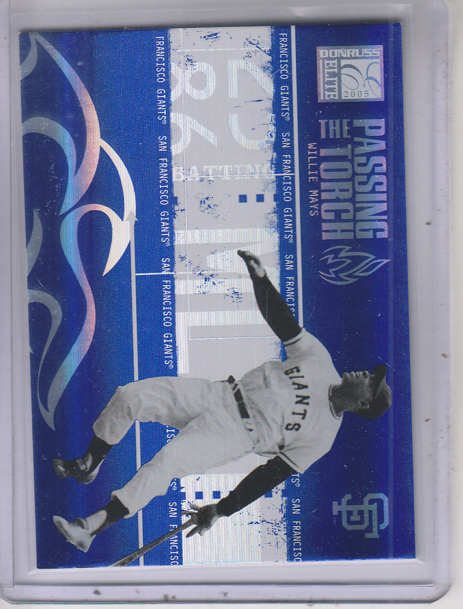 2005 Donruss Elite Passing the Torch #30 Willie Mays