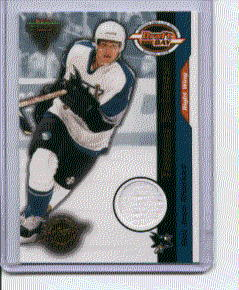 2001 PS Titanium Draft Day Teemu Selanne Game Used Jersey Card