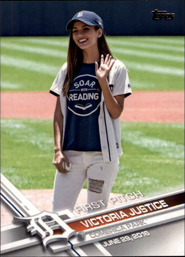 2017 Topps First Pitch #FP15 Victoria Justice