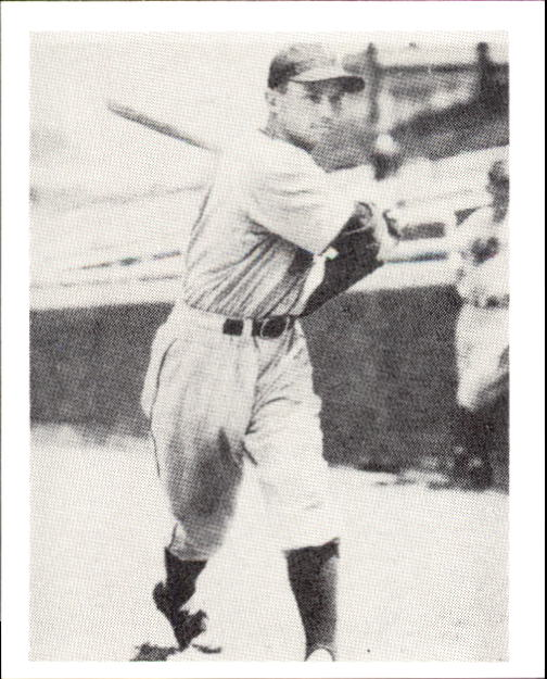 1939 Play Ball #45 Merrill May RC
