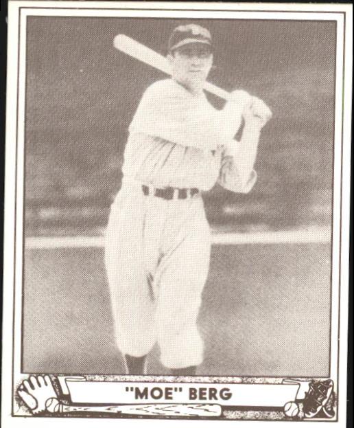 1940 Play Ball #30 Moe Berg