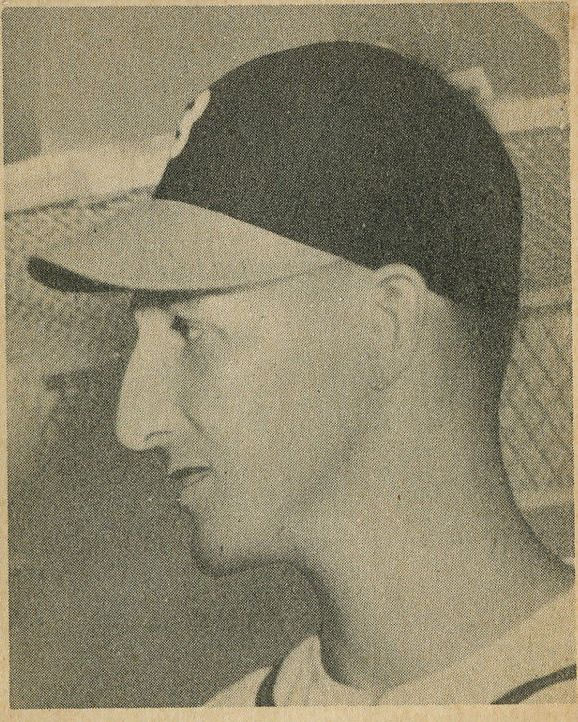 1948 Bowman #18 Warren Spahn RC