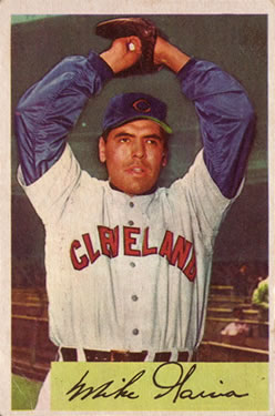 1954 Bowman #100 Mike Garcia