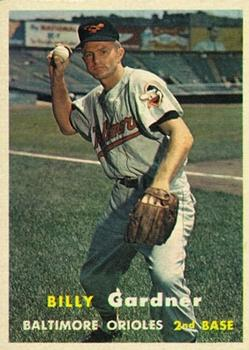 1957 Topps #17 Billy Gardner