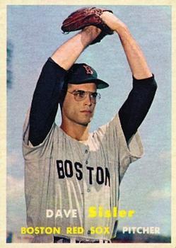 1957 Topps #56 Dave Sisler RC