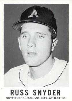 1960 Leaf #102 Russ Snyder RC