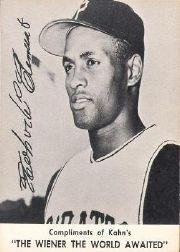 1961 Kahn's #8 Roberto Clemente