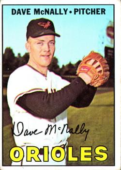 1967 Topps #382 Dave McNally