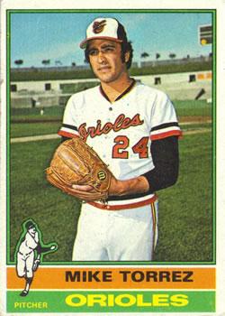 1976 Topps #25 Mike Torrez