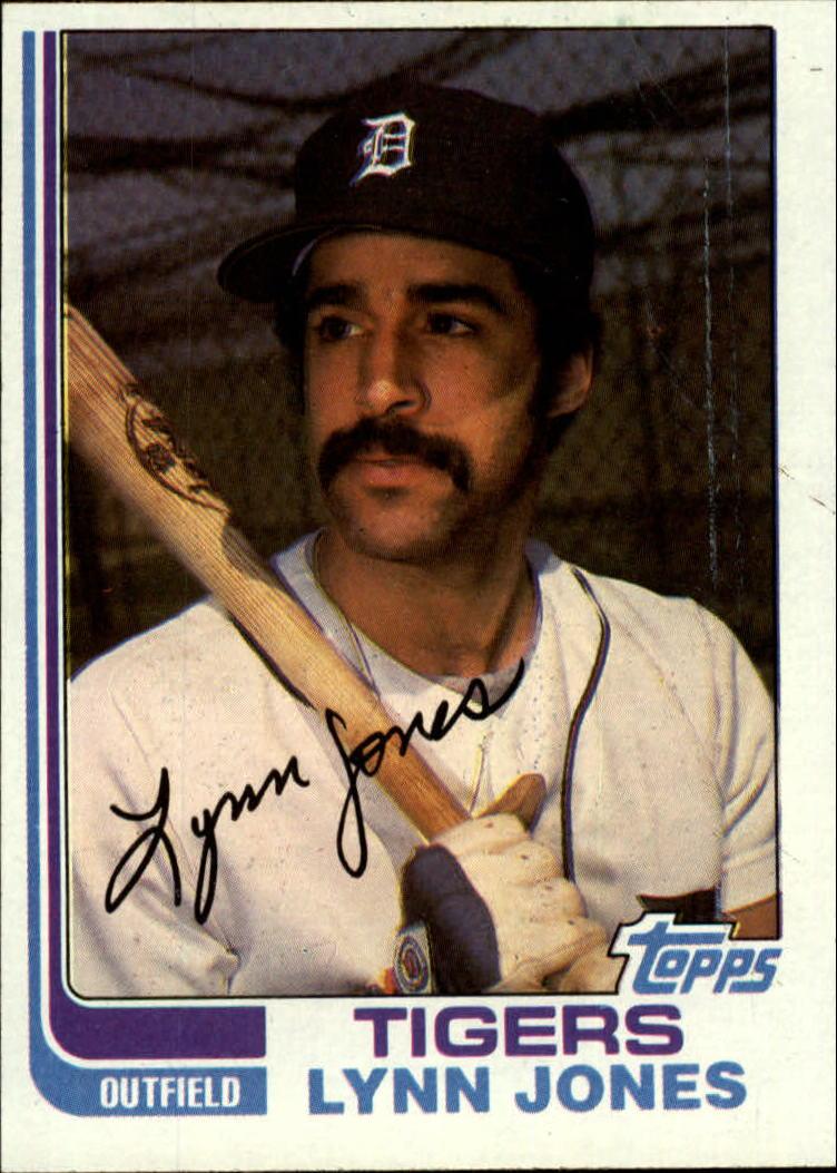 1982 Topps #64 Lynn Jones