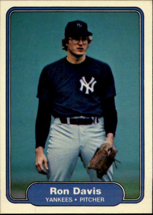 1982 Fleer #32 Ron Davis