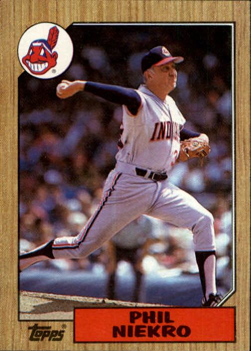 1987 Topps #694 Phil Niekro