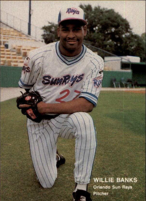 1990 Best #11 Willie Banks