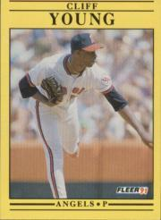 1991 Fleer #330 Cliff Young