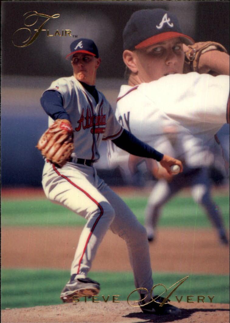 1993 Flair #1 Steve Avery