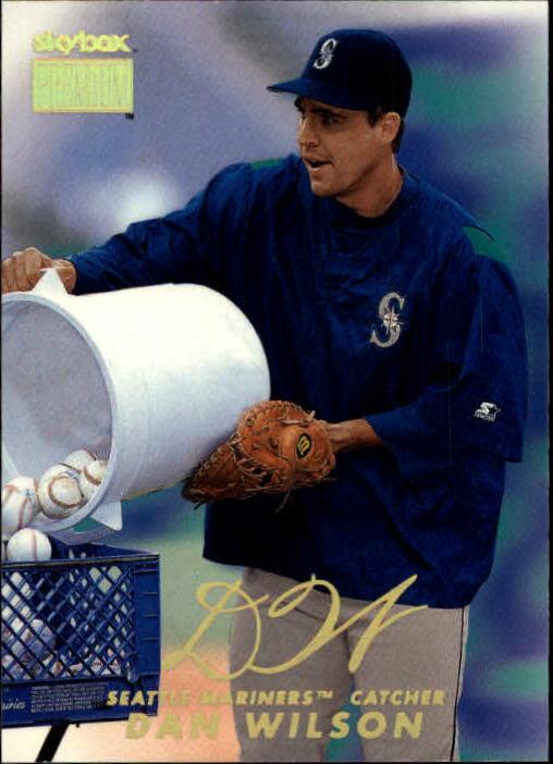 1999 SkyBox Premium #4 Dan Wilson