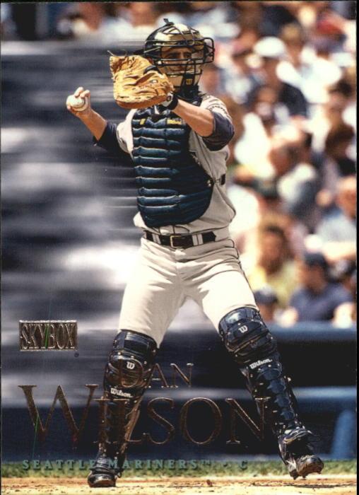2000 SkyBox #13 Dan Wilson