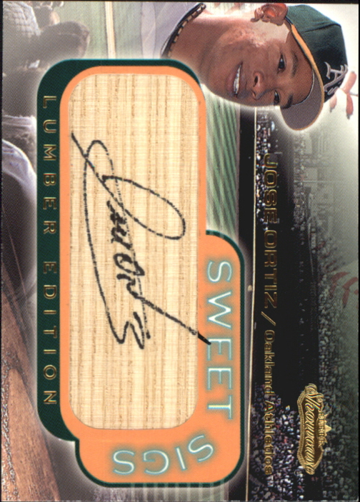 2001 Fleer Showcase Sweet Sigs Lumber #19 Jose Ortiz