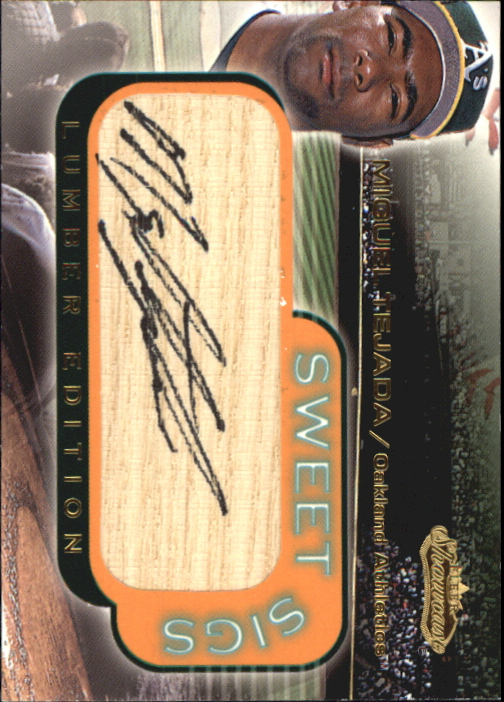 2001 Fleer Showcase Sweet Sigs Lumber #23 Miguel Tejada SP/300