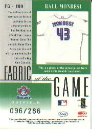 2001 Leaf Certified Materials Fabric of the Game #109CR Raul Mondesi/286 back image