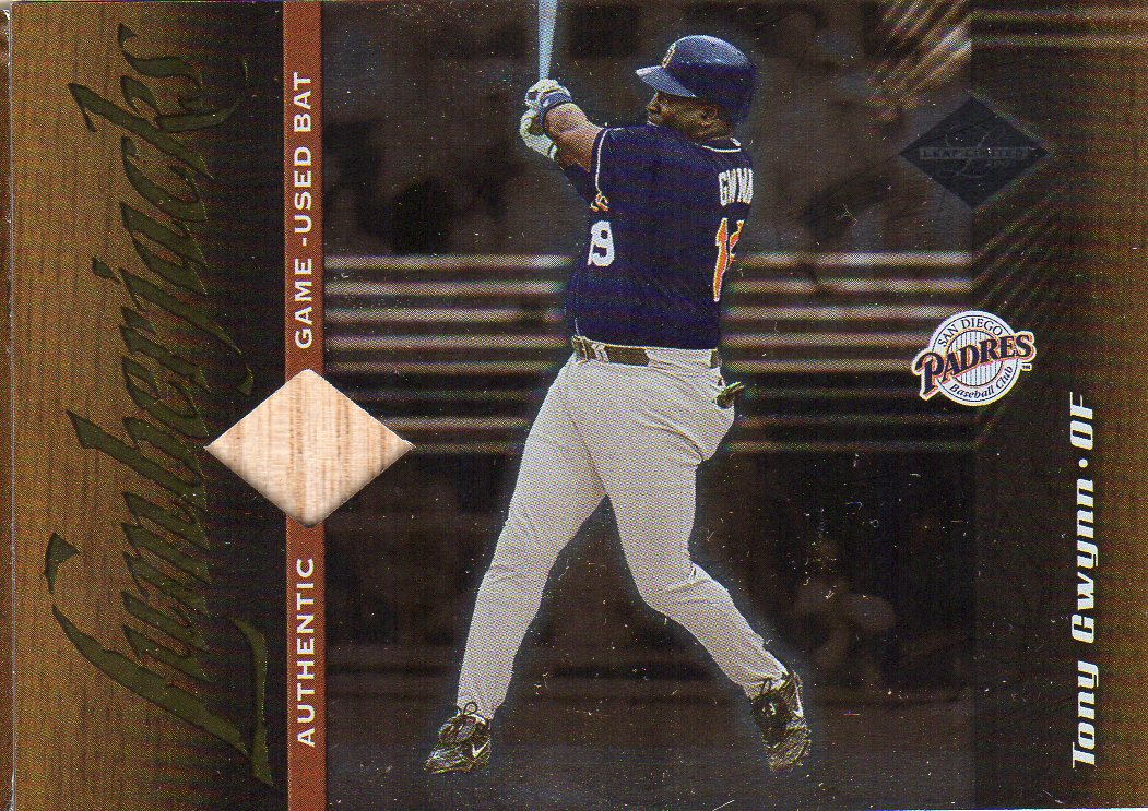 2001 Leaf Limited #169 Tony Gwynn LUM/500