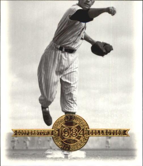 2001 Upper Deck Hall of Famers #44 Luis Aparicio
