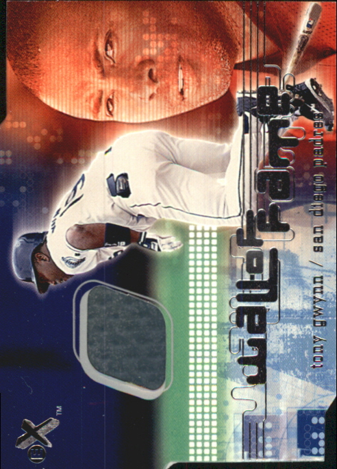 2001 E-X Wall of Fame #11 Tony Gwynn