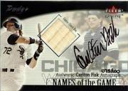 2001 Fleer Genuine Names Of The Game Autographs #7 Carlton Fisk Bat