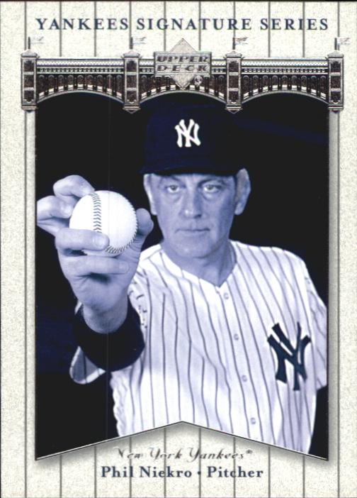 2003 Upper Deck Yankees Signature #65 Phil Niekro