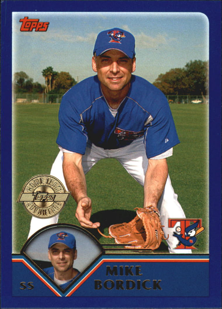 2003 Topps Home Team Advantage 519 Mike Bordick Has Gold