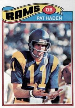 1977 Topps #18 Pat Haden RC