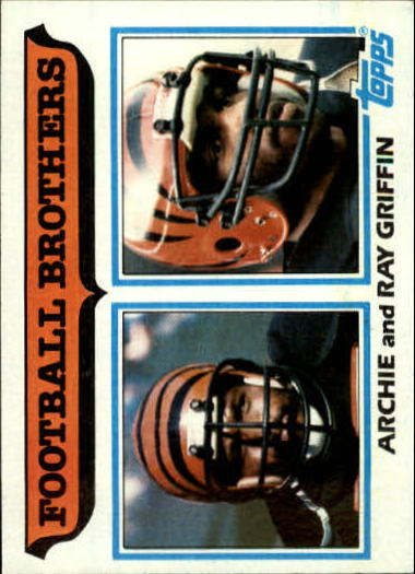 1982 Topps #266 Brothers: Griffin/Archie and Ray