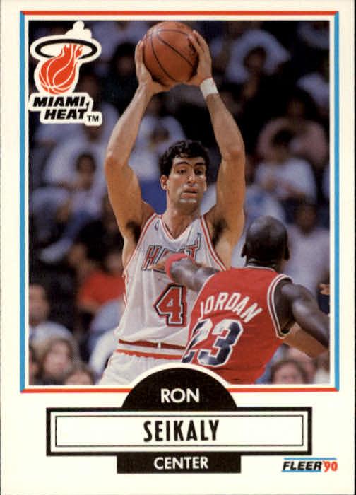 1990-91 Fleer #102 Rony Seikaly/Michael Jordan UER