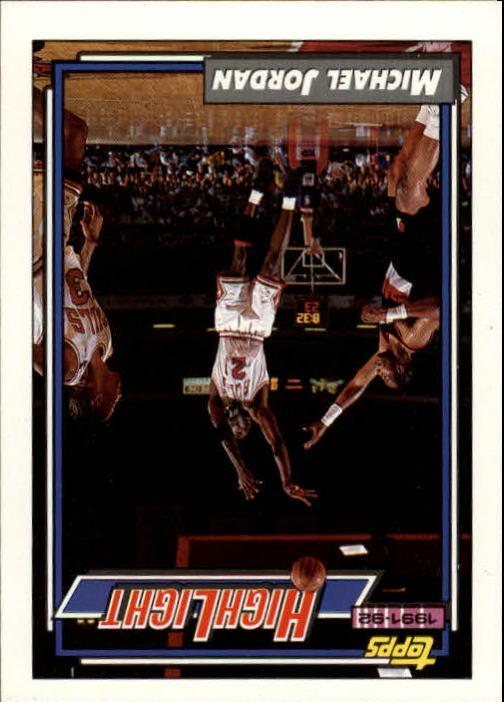 1992-93 Topps #3 Michael Jordan HL/Michael Lights It Up 6/3/92