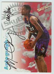 1997-98 SkyBox Premium Autographics Century Marks #17 Marcus Camby